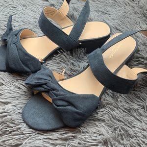 Ann Taylor Factory Blue Bow Heels - Sz 8